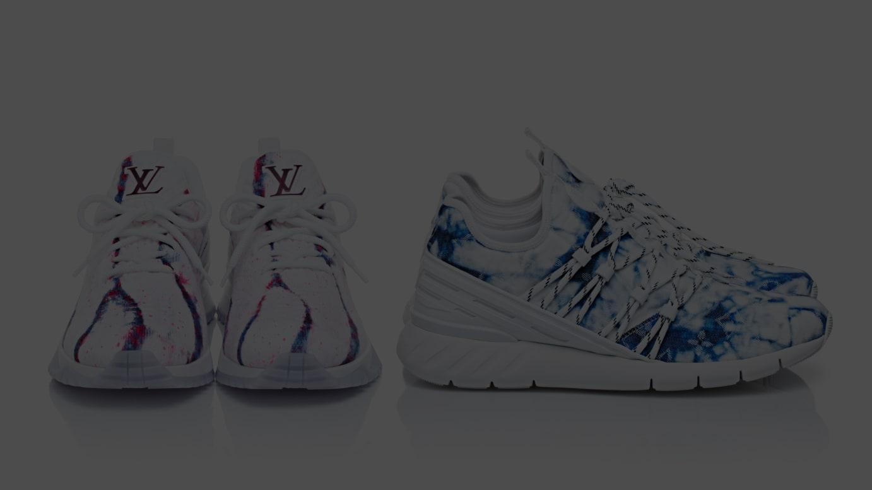(左から)「V.N.R・ライン スニーカー」(13万4,000円)、「ファストレーン・ライン スニーカー」(10万4,000円/いずれも税別)