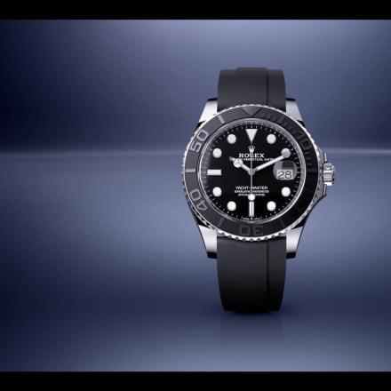 d2c2d9f42a07 ロレックスが2019年の新作発表 GMT青黒ベゼル新作に注目が集まる