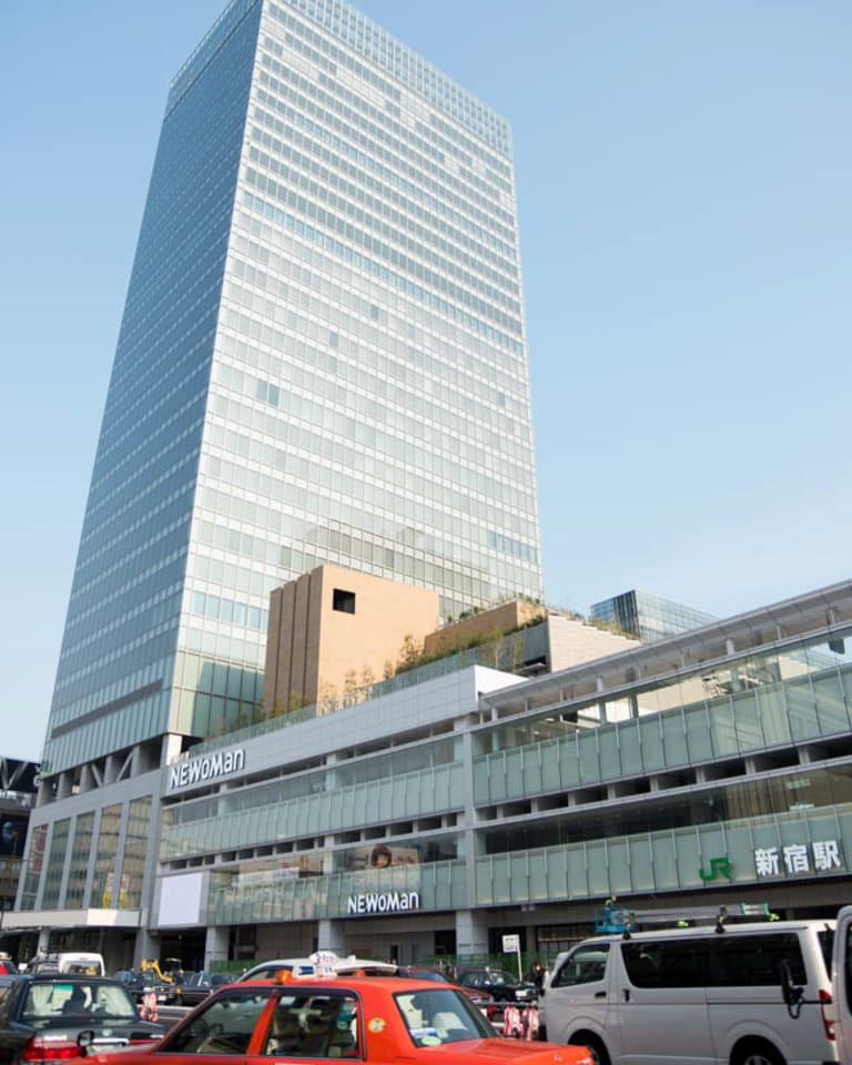 新宿駅直結の「ニュウマン(NEWoMan)」