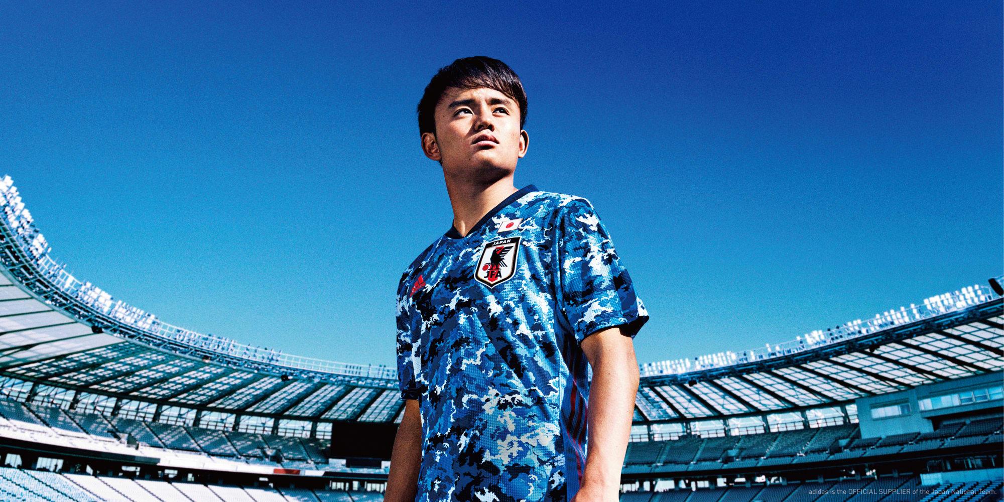 サッカー日本代表の新ユニフォーム発表 メインカラーは濃紺から