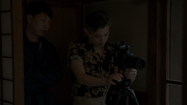 左)イン・チソン 右)鈴木親