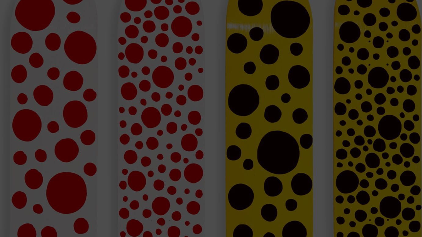 「Dots Obsession Skateboards」(各2万6,000円)