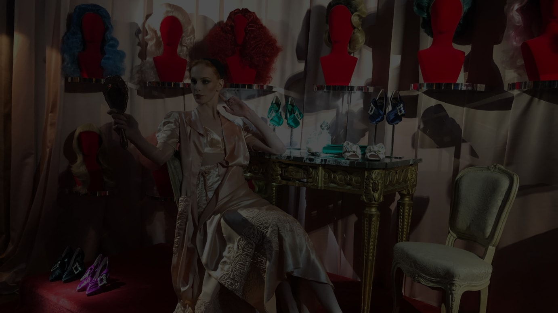 ロジェ ヴィヴィエの展示会「DAYDREAM HOTEL VIVIER」