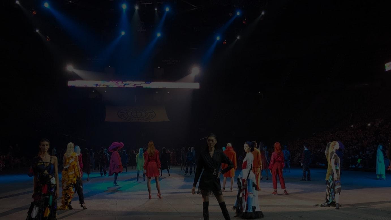 2月にパリで開催された「コーシェ」のショー