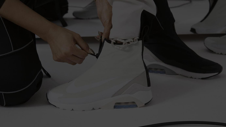 3afefbc87a5bd ナイキ×アンブッシュ®初のフットウェアが登場、ダブルロゴをデザインしたチェーンネックレスも同日発売