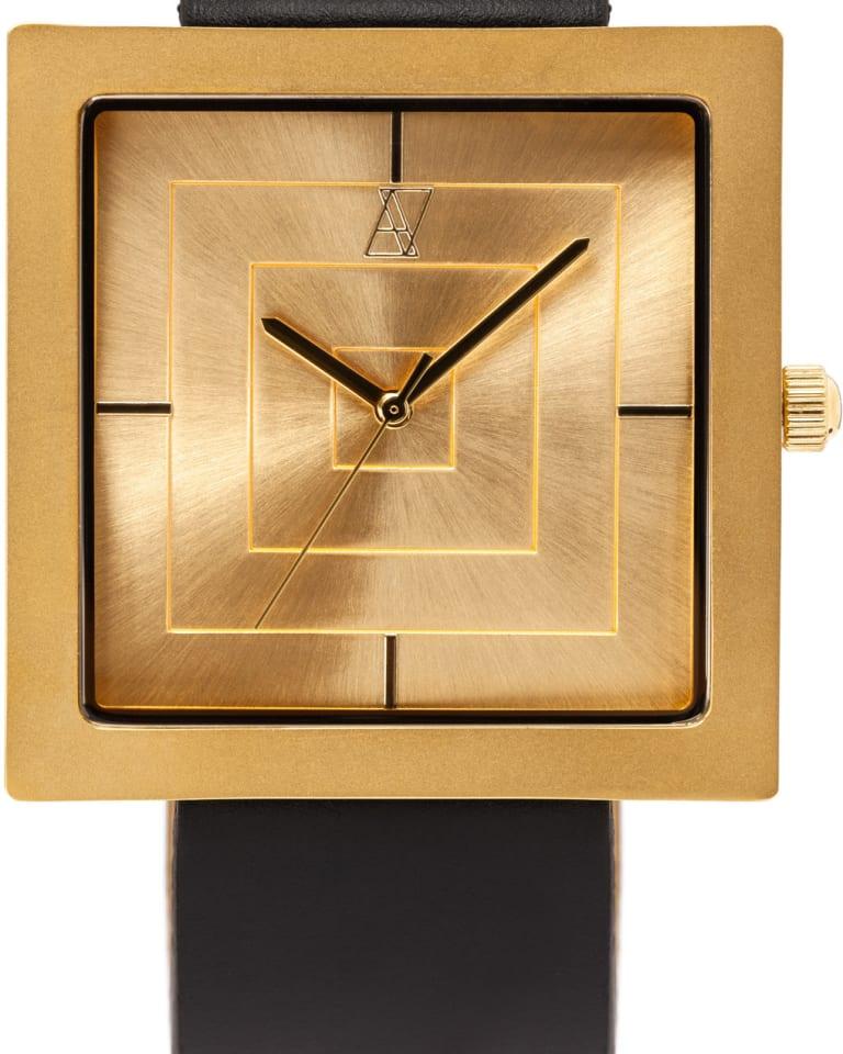 separation shoes 80739 b8212 湯川正人のブランド「アライブ」から初の正方形ケースの時計が登場