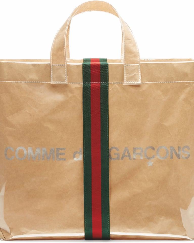 best website e76e2 c4475 コム デ ギャルソンからグッチとコラボしたショッパー型バッグが登場