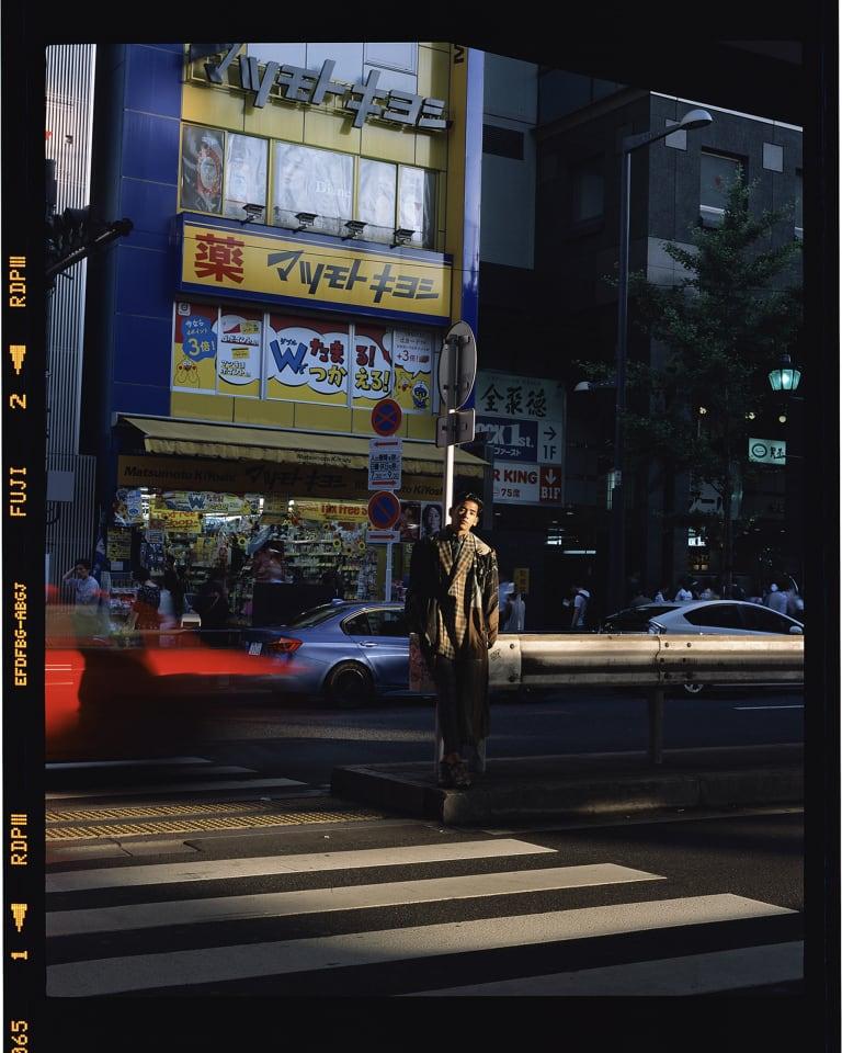 Roppongi, Tokyo 2018 C-print 126.0 x 100.0 cm CS-Roppongi-2018-L © Chikashi Suzuki, Courtesy of KOSAKU KANECHIKARoppongi, Tokyo 2018 C-print 126.0 x 100.0 cm CS-Roppongi-2018-L © Chikashi Suzuki, Courtesy of KOSAKU KANECHIKA