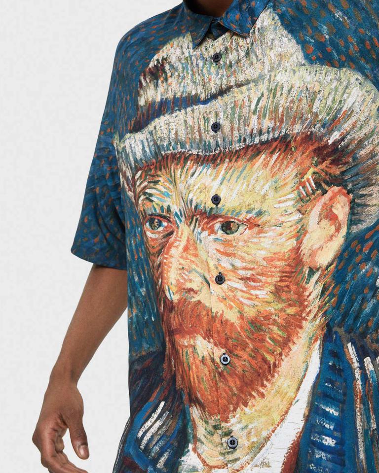 Bershkaゴッホ自画像プリントシャツ