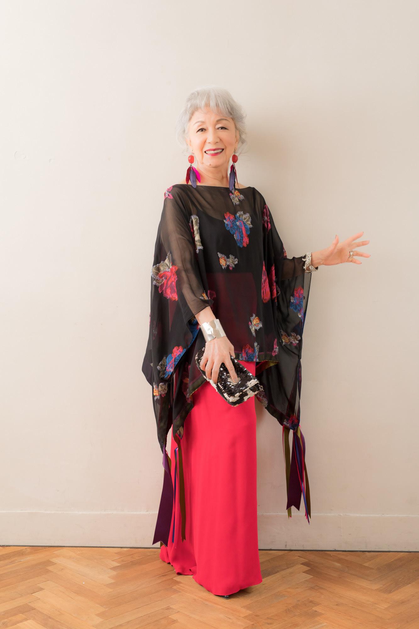 服に着られるのではなく着こなす」84歳のファッションリーダー