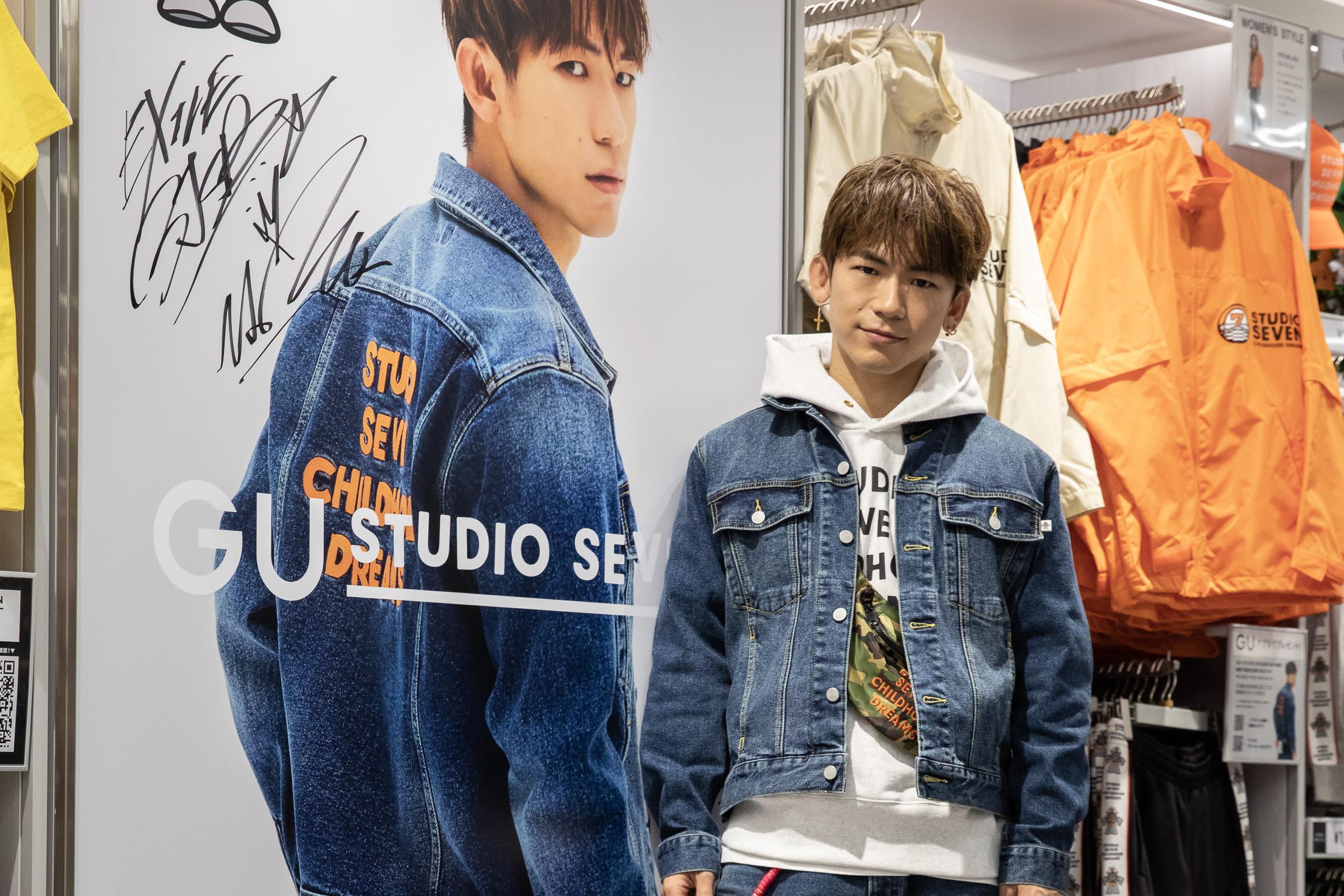 05ea76e4ddb3 EXILE NAOTOがジーユー 渋谷店に登場、コラボアイテムを求めるファンで ...