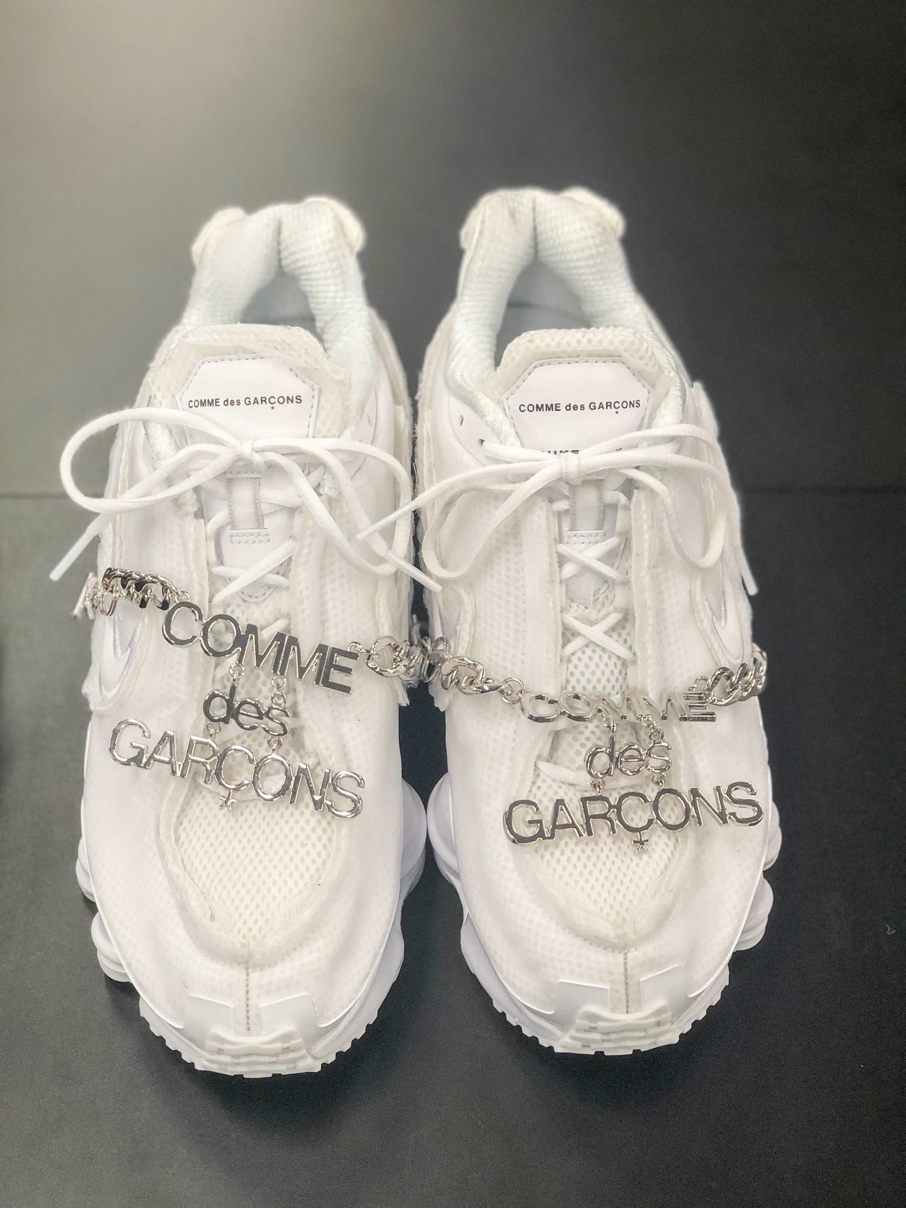 ad3acdfd1330 Comme des Garçons x Nike Shox (コム デ ギャルソン 2019年春夏コレクション展示会にて撮影)