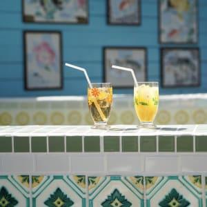 閉業した銭湯のタイル絵を活用、昭和レトロな「銭湯喫茶 玉川テラス」がオープン